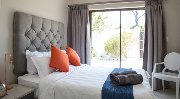 2 on Lismore, Jasmine Cottage, Accommodation, Cape Town